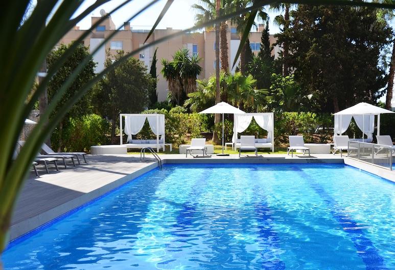 Apartamentos Playasol My Tivoli, Ibiza Town, Kültéri medence