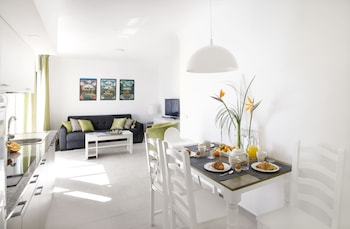 Hình ảnh El Guarapo Apartamentos tại Teguise