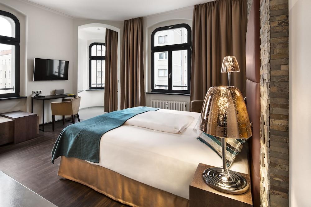Lux 11 Berlin Mitte, Berlin, Superior-rom, 1 queensize-seng, tekjøkken, Gjesterom