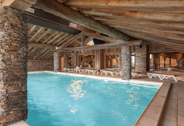Residence Pierre & Vacances Premium Les Alpages de Reberty, Les Belleville, Zwembad
