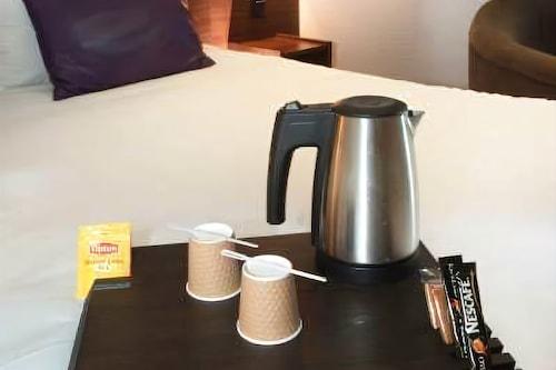 基奧普斯英式酒店/