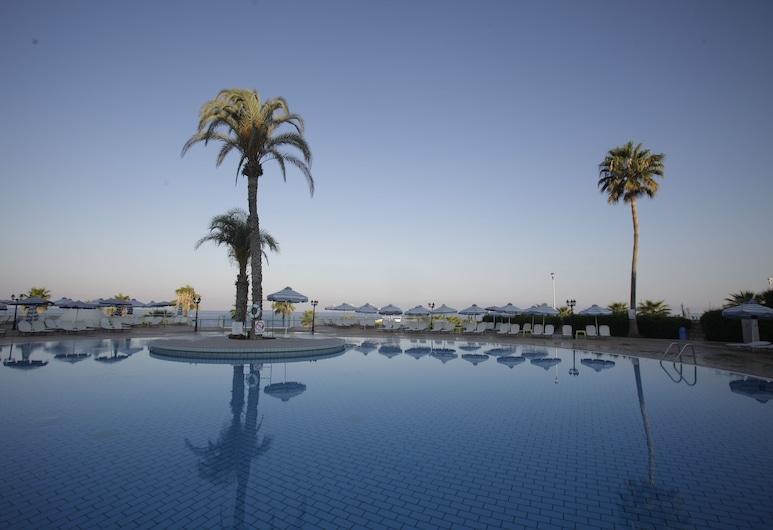 Leonardo Laura Beach & Splash Resort - All Inclusive, Paphos, Außenpool