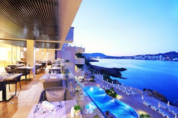 Picture of Iberostar Suites Hotel Jardín del Sol – Adults Only in Calvia