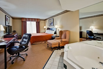 Picture of Country Inn & Suites by Radisson, Hot Springs, AR in Hot Springs