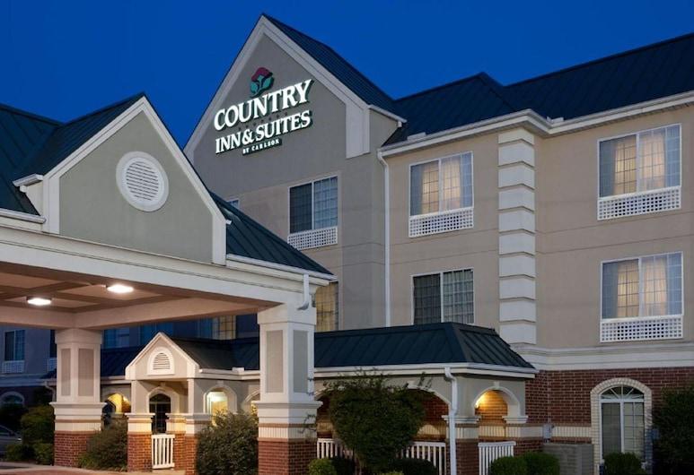 Country Inn & Suites by Radisson, Hot Springs, AR, Hot Springs, Hotellin julkisivu illalla/yöllä