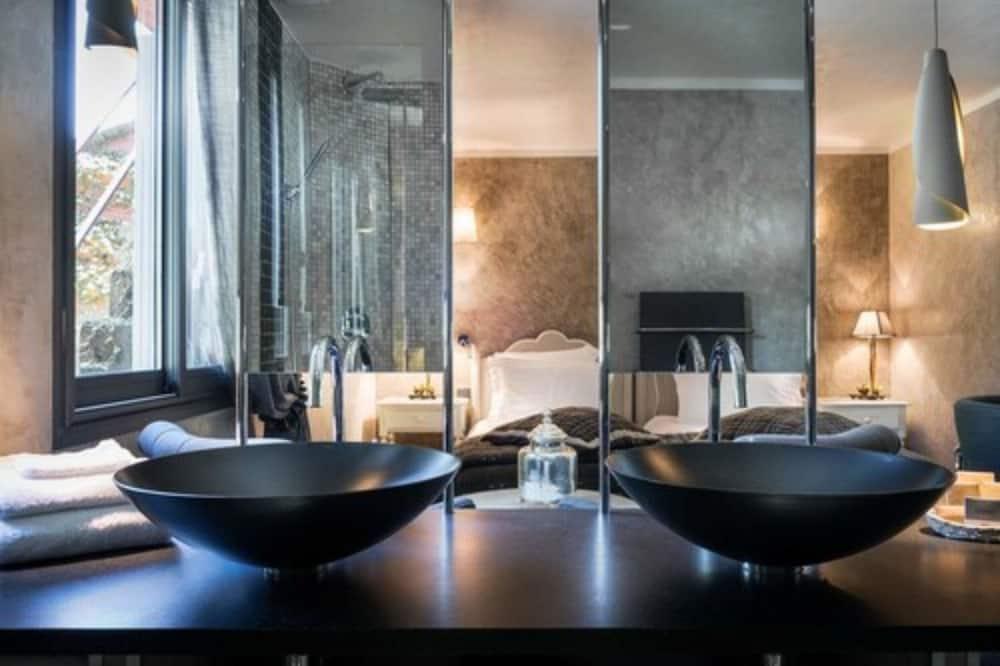 Dvokrevetna soba, s kupaonicom - Kupaonica