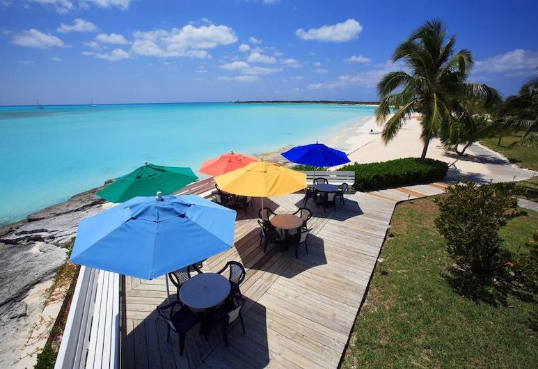 Cape Santa Maria Beach Resort, Galliot Cay, Solárium