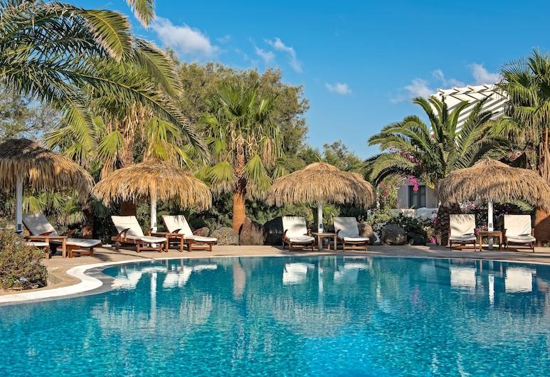 Atlantis Beach Villa, Thira