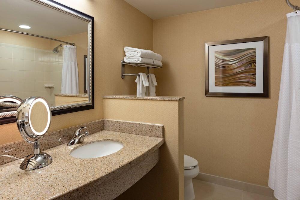 Værelse - 2 queensize-senge - ikke-ryger - Badeværelse