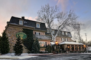 Top 10 New Hope Hotels Near Peddler's Village | Pennsylvania