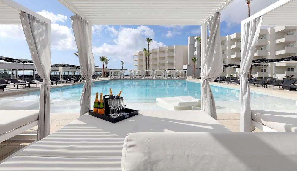 Hotel Garbi Ibiza & Spa, Sant Josep de sa Talaia