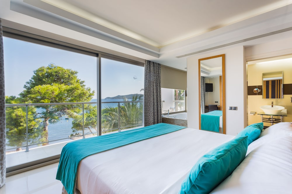 Sirenis Hotel Goleta Tres Carabelas, Ibiza