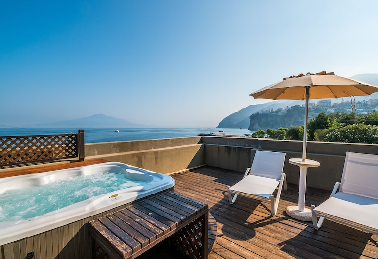 Hotel&Resort Le Axidie, Vico Equense, Infinity Pool