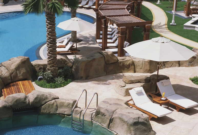 Four Seasons Hotel Doha, Doha, Utomhuspool