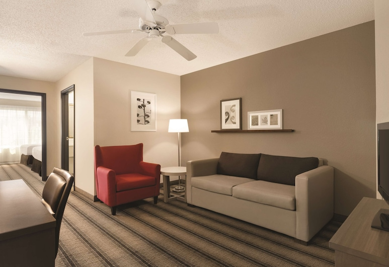 Country Inn & Suites by Radisson, Indianapolis Airport South, IN, Indianapolis, Suite, 1King-Bett und Schlafsofa, Nichtraucher, Zimmer