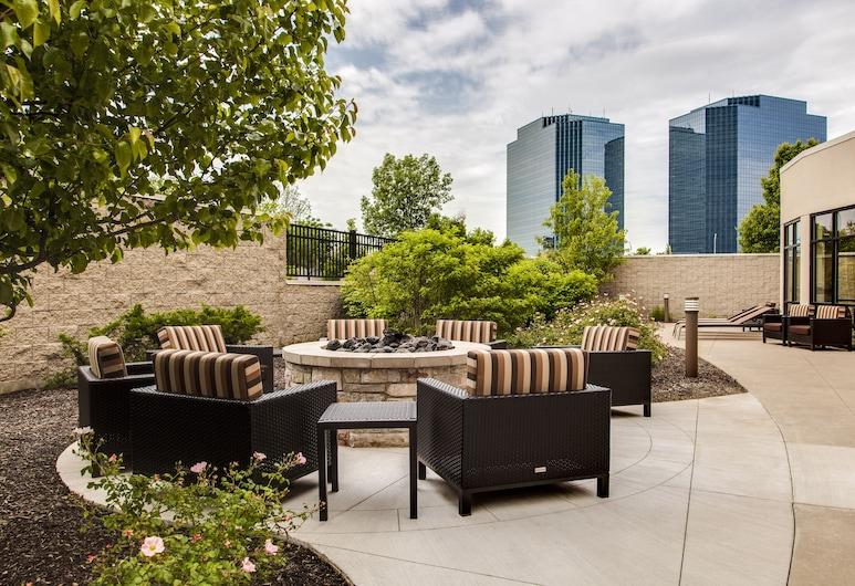 Courtyard by Marriott Chicago Schaumburg/Woodfield Mall, Шаумбург, Тераса/внутрішній дворик