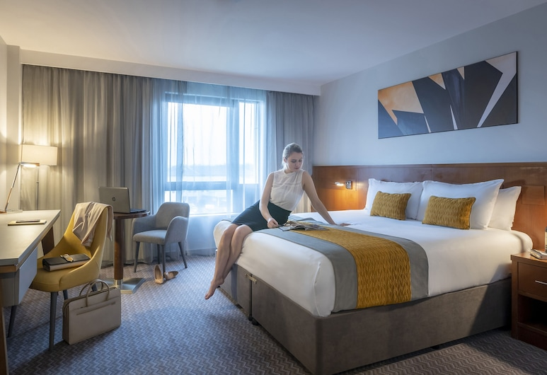 Maldron Hotel Sandy Road Galway, Galway, Deluxe Double Room, 1 King Bed, Guest Room