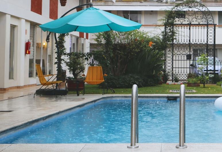 Hotel Isabel, Guadalajara, Outdoor Pool