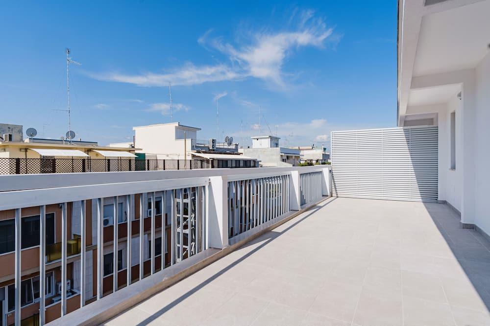 Junior lakosztály, terasz - Kilátás az erkélyről