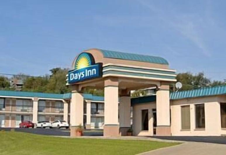 Days Inn by Wyndham Okemah, Okemah, Viešbučio fasadas