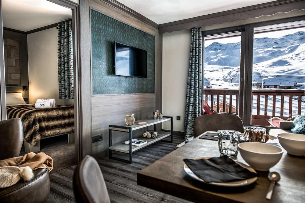 Aukštesnės klasės apartamentai, 2 miegamieji, vaizdas į kalnus - Balkonas