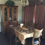 Suite, 2 Bedrooms, Kitchen - In-Room Dining