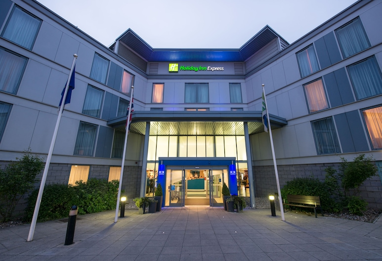 Holiday Inn Express London Stansted Airport, Bishop's Stortford