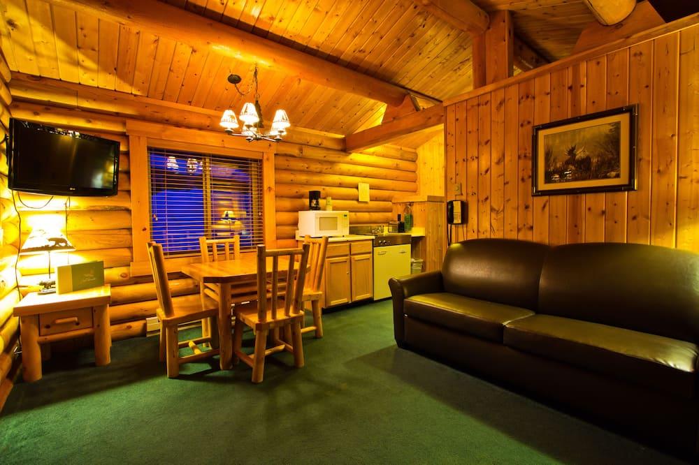 Standard Cabin (Pets allowed for Fee) - 거실 공간