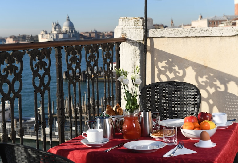 Residenza A Tribute To Music, Venice, Outdoor Dining