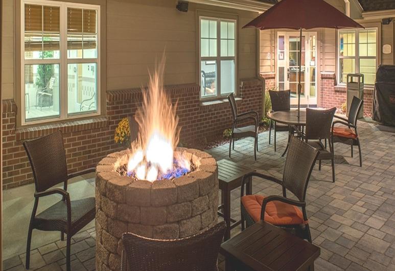 Residence Inn by Marriott Saratoga Springs, Σαρατόγκα Σπρινγκς, Αίθριο/βεράντα