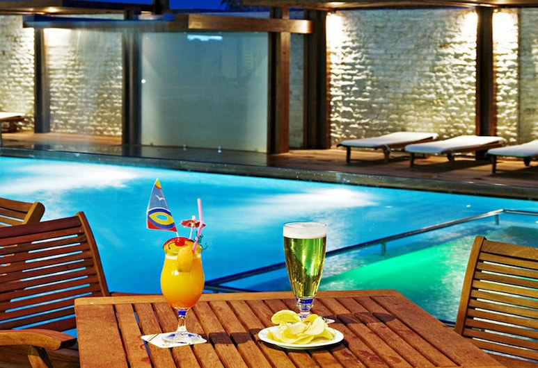 Athineon Hotel, Rhodes, Poolside Bar