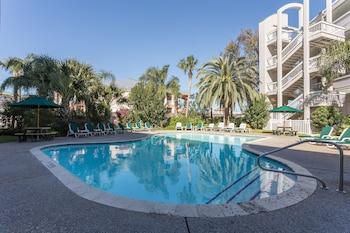 Obrázek hotelu Casa Del Mar Beachfront Suites Onsite Team ve městě Galveston