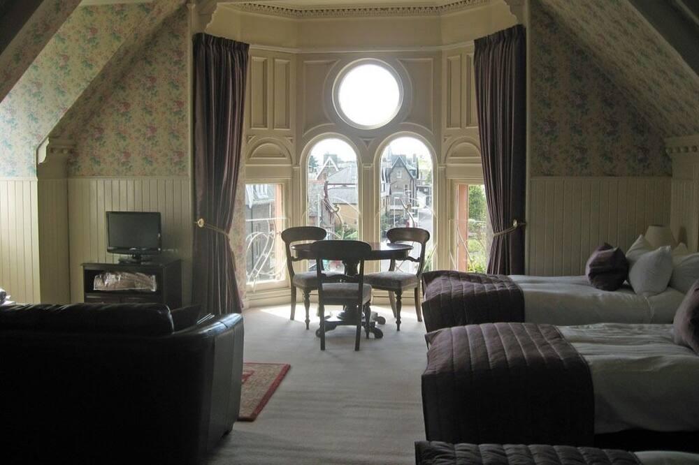 Trippelrum - eget badrum - Gästrum