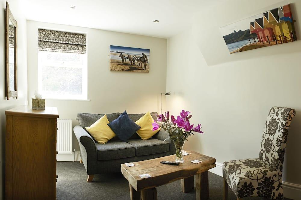 Family Room (2 Adults + 3 Children) - Living Room