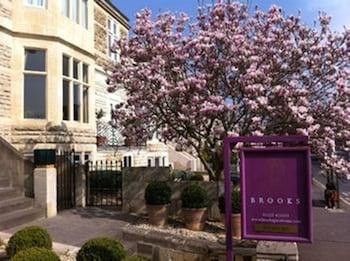 Bath bölgesindeki Brooks Guesthouse resmi