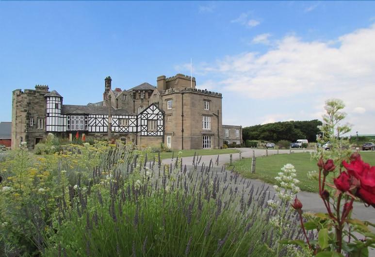 Leasowe Castle, Wirral