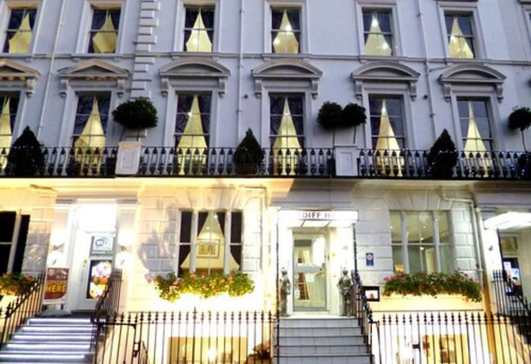 加的夫, 倫敦, 酒店入口