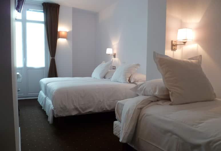 Hôtel Txutxu-Mutxu, Biarritz, Trīsvietīgs numurs, 3 vienguļamās gultas, Viesu numurs