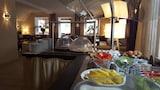 Hotel , Hallbergmoos