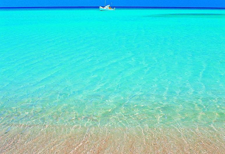 Villaggio Cala Mancina, San Vito Lo Capo, Beach