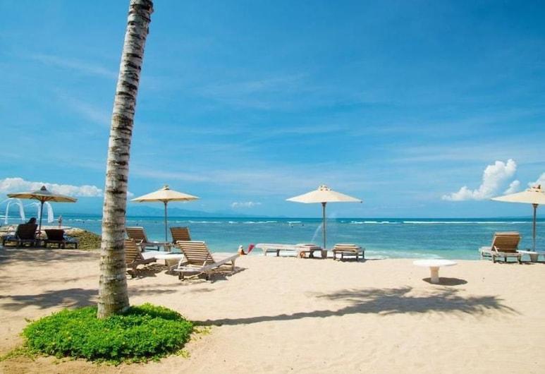 La Taverna Suites, Denpasar, Beach