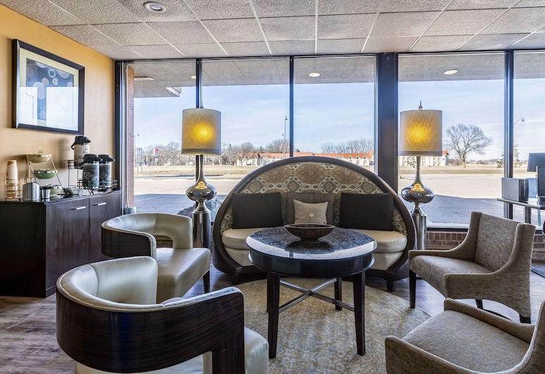 Quality Inn & Suites, Albert Lea, Lobby