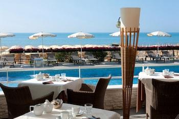 Picture of Hotel Victoria Frontemare in Jesolo