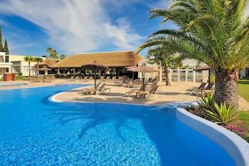 Picture of Vincci Resort Costa Golf in Chiclana de la Frontera