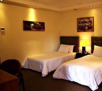 תמונה של Bayview Hotel בלימה