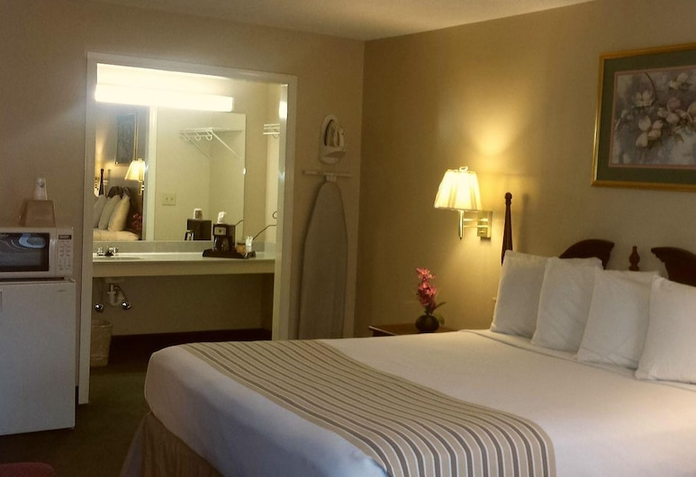 Americas Best Value Inn Rome, Rome, Room, 1 King Bed, Guest Room
