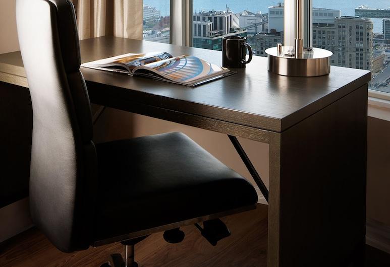 One King West Hotel & Residence, Toronto, Suite, Uitzicht op stad