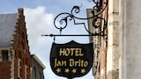 Choose This Romantic Hotel in Bruges -  - Online Room Reservations