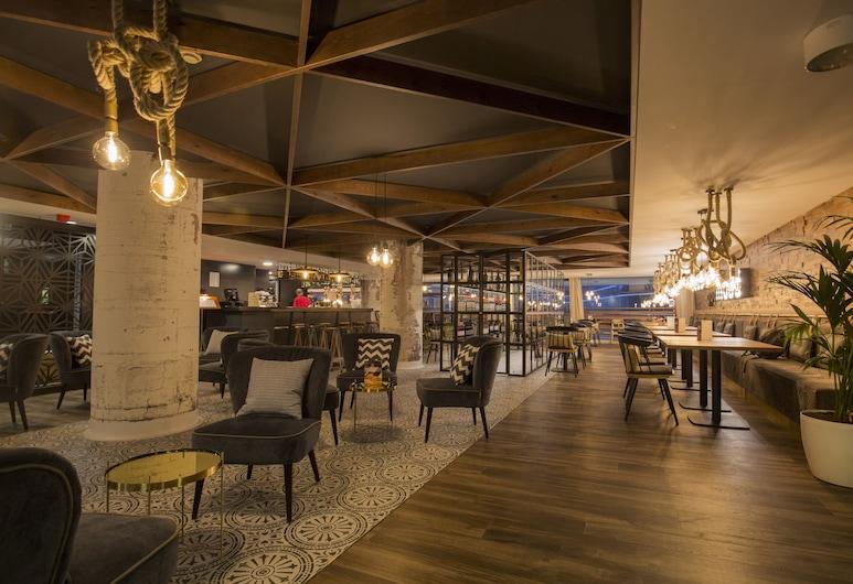 Centric Atiram, Andorra la Vella, Bar khách sạn