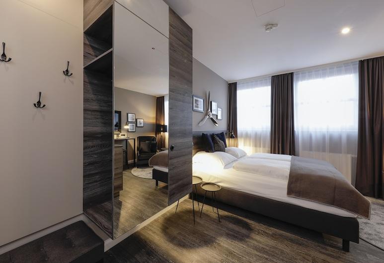 Airporthotel Berlin Adlershof, Berlin, Studio Apartment, Living Area